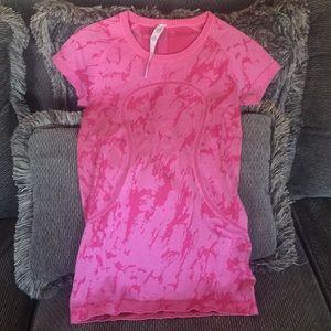 Lululemon Shortsleeved Shirt Sz 4